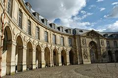 Nouveaux locaux à Versailles