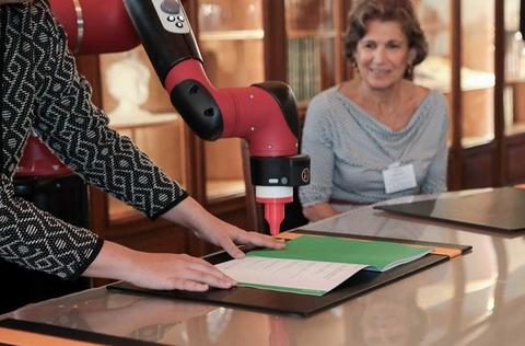 """Signature de la première Chaire """"arts & sciences"""" en Europe"""